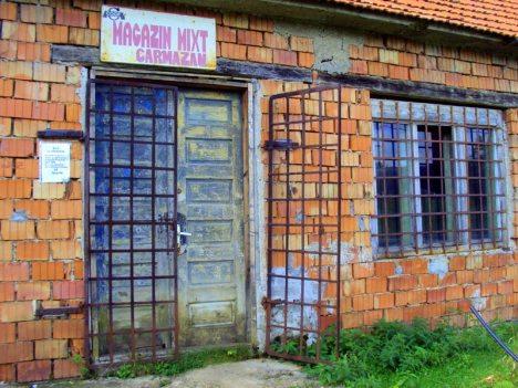 Wiejski sklep w Rumunii