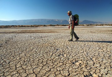 Łukasz Supergan w drodze przez pustynię - foto