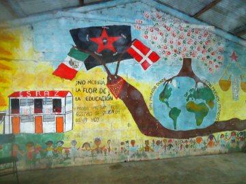 Wieś zapatystów w Meksyku - pusta szkoła