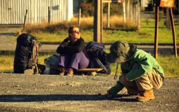 Autostop z dzieckiem - nauka czekania