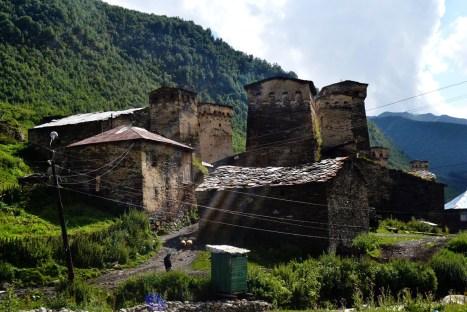 Góry w Swanetii - wieś