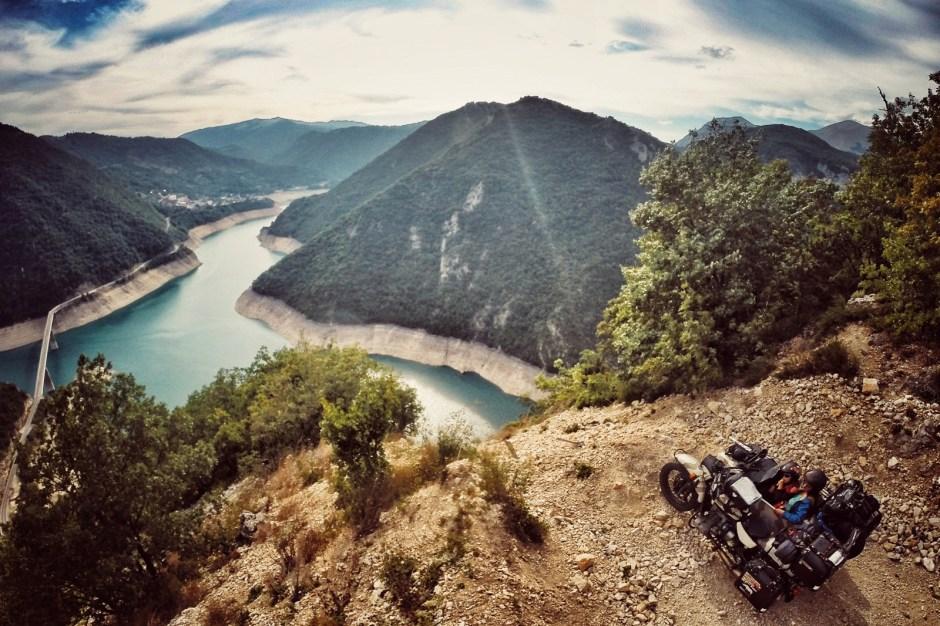 Podróż motocyklem, Czarnogóra - Fot. Mihai Barbu