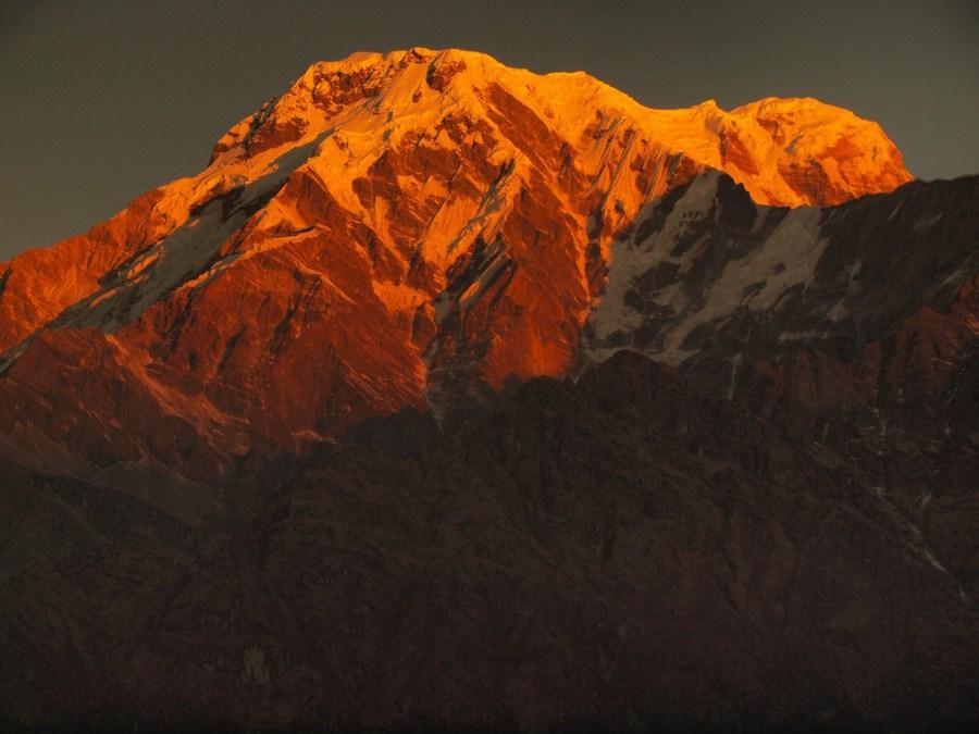 Trekking w Himalajach, Annapurna South