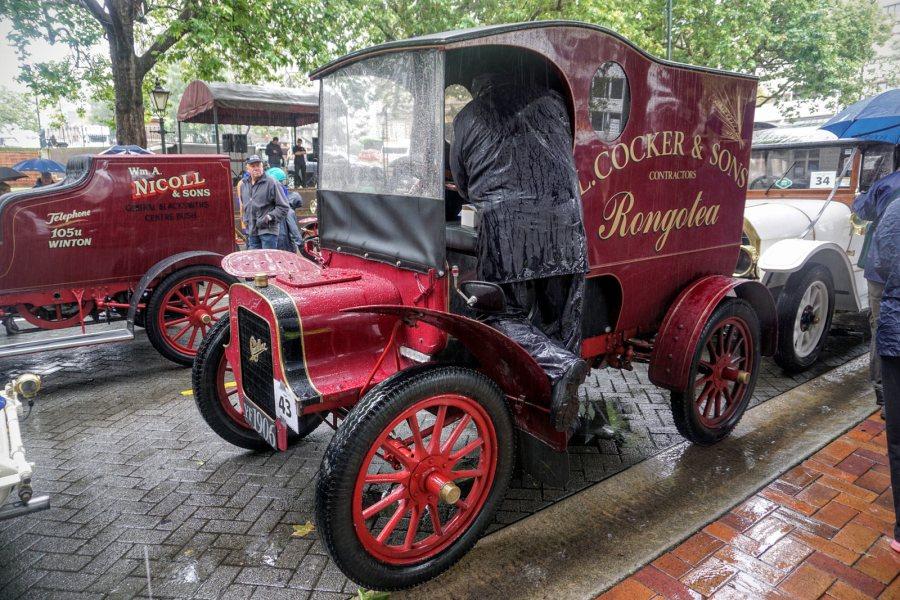 Stare samochody oldmobile w Nowej Zelandii