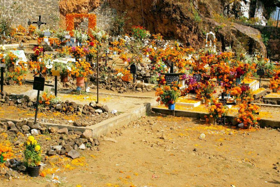 Meksyk, święto zmarłych na wyspie Janitzio
