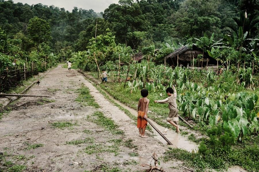 Podróż do Indonezji, Siberut, wieś Mentawajów