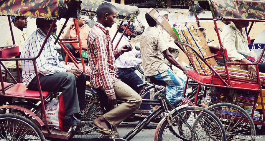 Zdjęcia z Indii, rikszarz z Lucknow - FOTO Sebastian Placzek