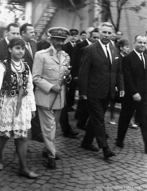 Wizyta Hajle Sellasje w Polsce, Oświęcim, 18.09.1964. (Archiwum Polskiej Wspólnoty Rastafari)