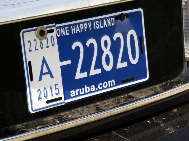 Aruba, One Happy Island - reklamowy napis na tablicy rejestracyjnej