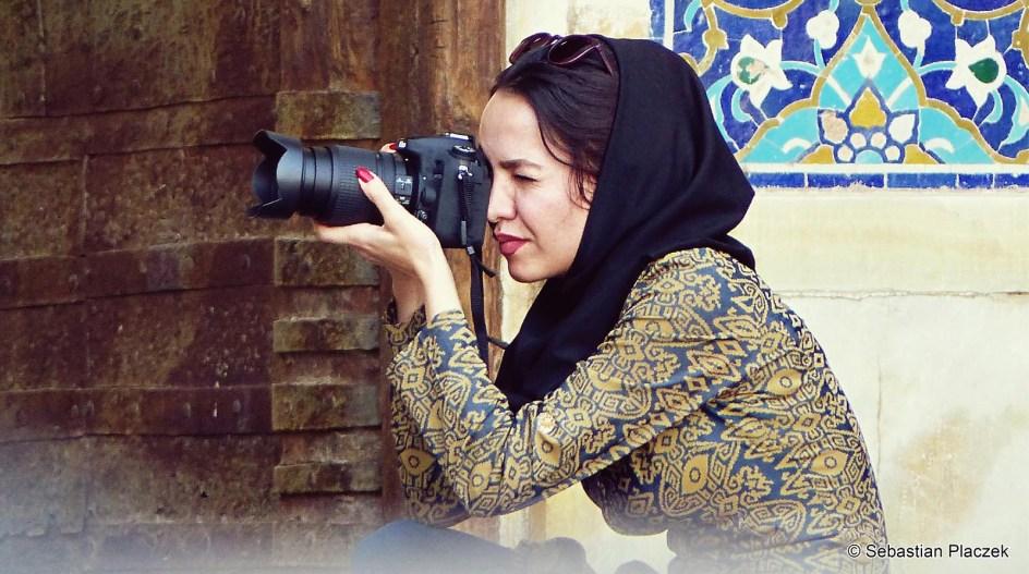 Iran, kobieta z Jazd - zdjęcia podróżnicze, foto