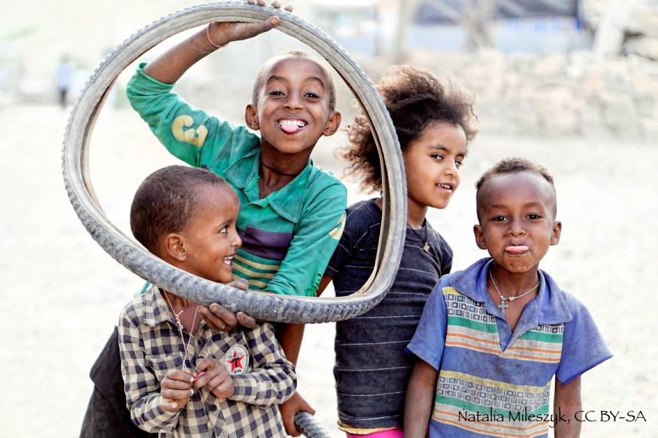 Etiopia, zdjęcia z podróży, dzieci z miasta Berhale