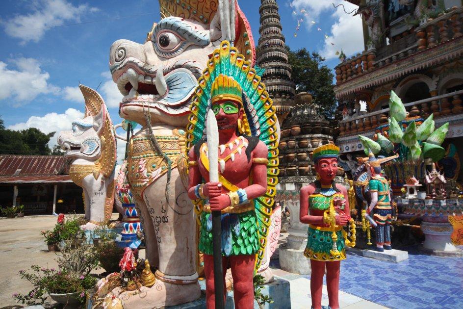 TAJLANDIA. Wat Pa Non Sawan, zdjęcia, podróże, foto
