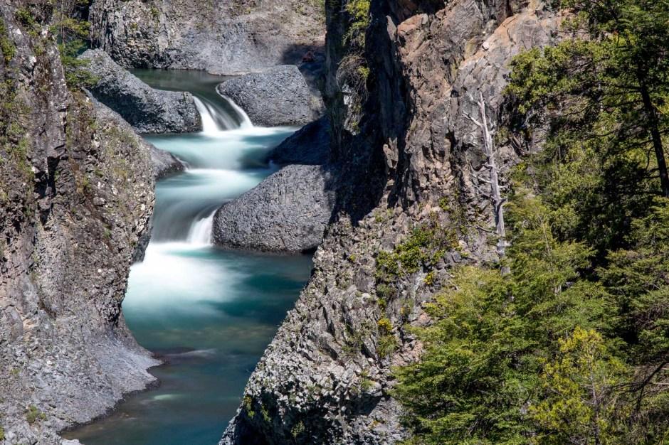 Chile, zdjęcia, wodospad w Andach, góry, Katarzyna Nizinkiewicz