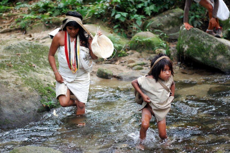 Kolumbia, Indianie z Sierra Nevada, trekking przez selwę