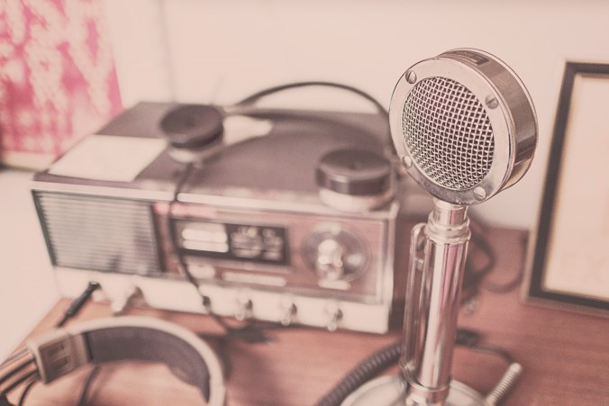 Radio and microphone