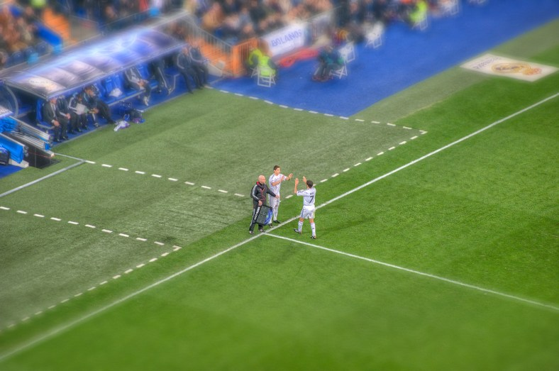 Ronaldo substitutes Raul – Real Madrid HDR Photo by marcp_dmoz https://www.flickr.com/photos/marcp_dmoz/4205599261