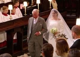 Οταν ο πρίγκιπας Κάρολος παρέδωσε τη Μέγκαν στον Χάρι
