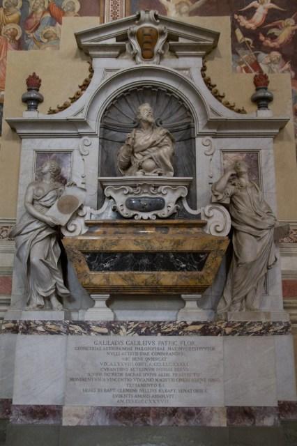 Tumba de Galileo en la Santa Croce, Florencia