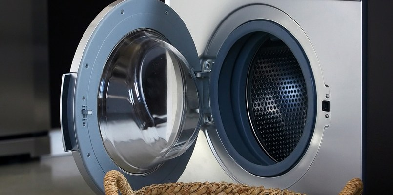 Washing machine image for Perry Homes blog post.