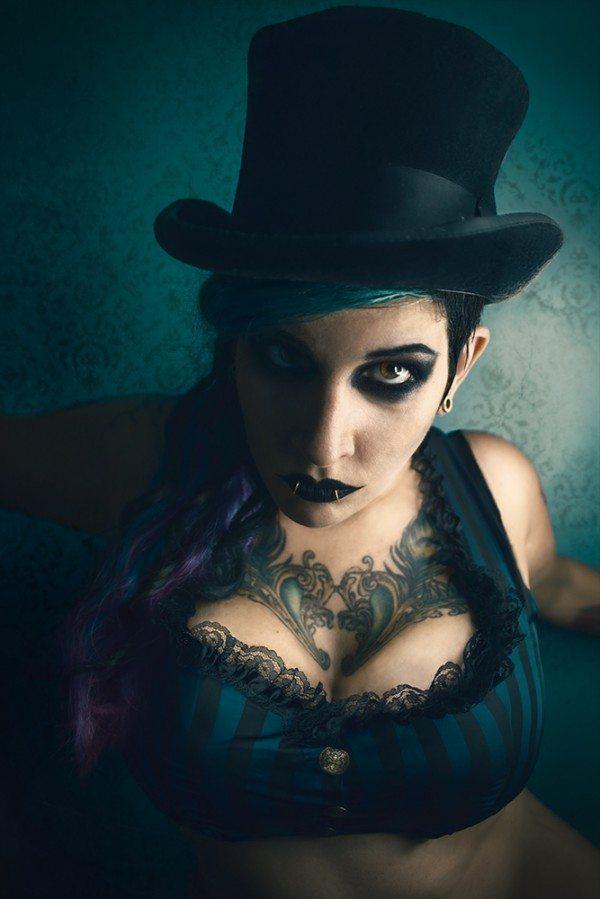Ringleader Model Cassandra Panek