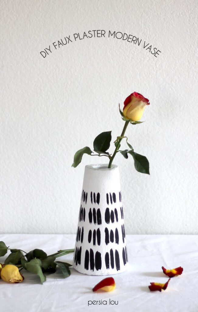 Make a modern black and white vase using foam! Click through for instructions.