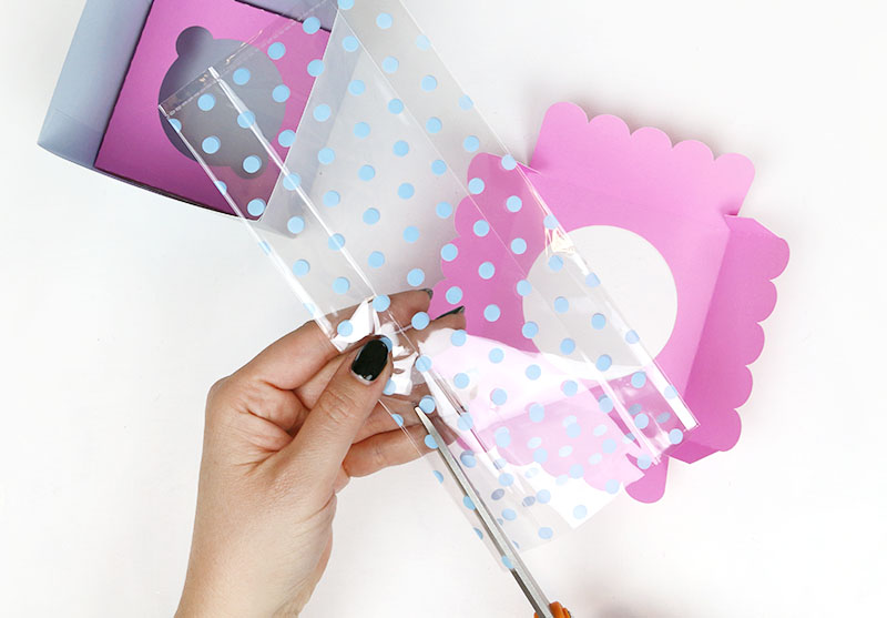 cut cell bag for window cupcake box