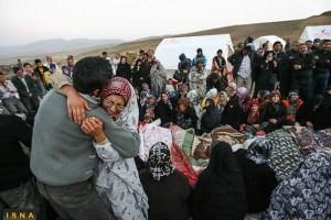 کمک رسانان غیردولتی در منطقه زلزله زده آذربایجان با خشم مقامات انتظامی و امنیتی مواجه شدند.