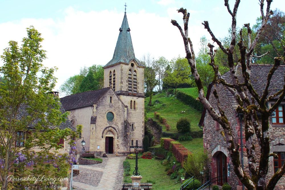 Église Sainte Marie Madeleine de Belcastel