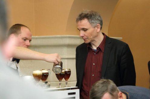 (Українська) ексклюзивний кавовий напій