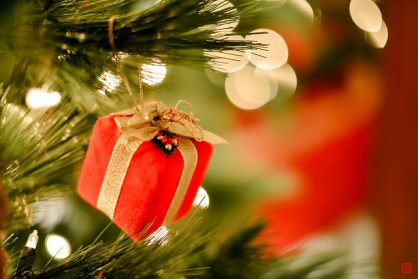 Christmas charity to the poor - should you give presents