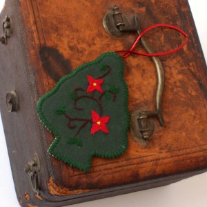 Dark Green Embroidered Christmas Tree Fair Trade