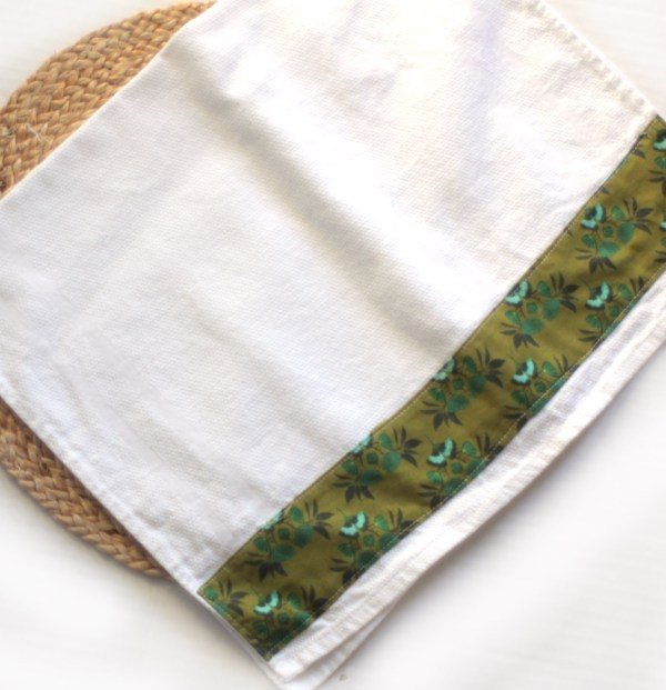 Cafe Kitchen Towel Green Flowers
