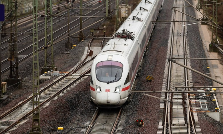 Photo of Deutsche Bahn tickets 16 percent cheaper
