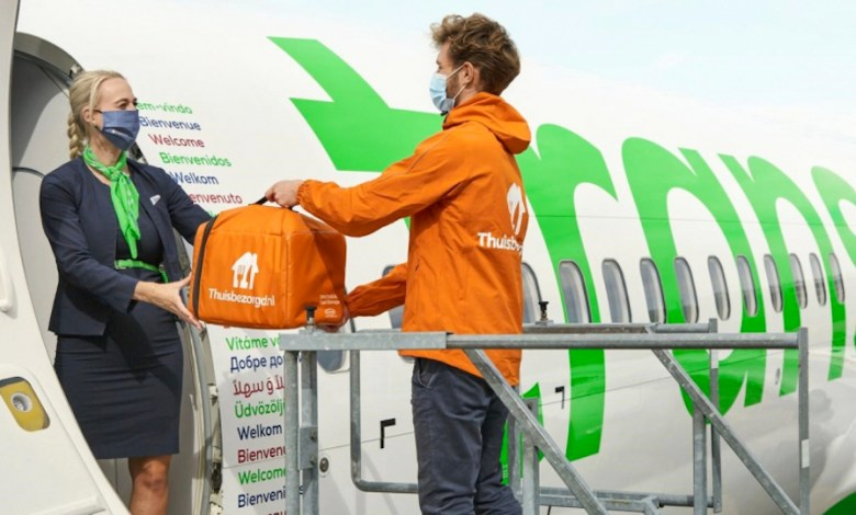 Photo of Transavia and Thuisbezorgd.nl join forces on board