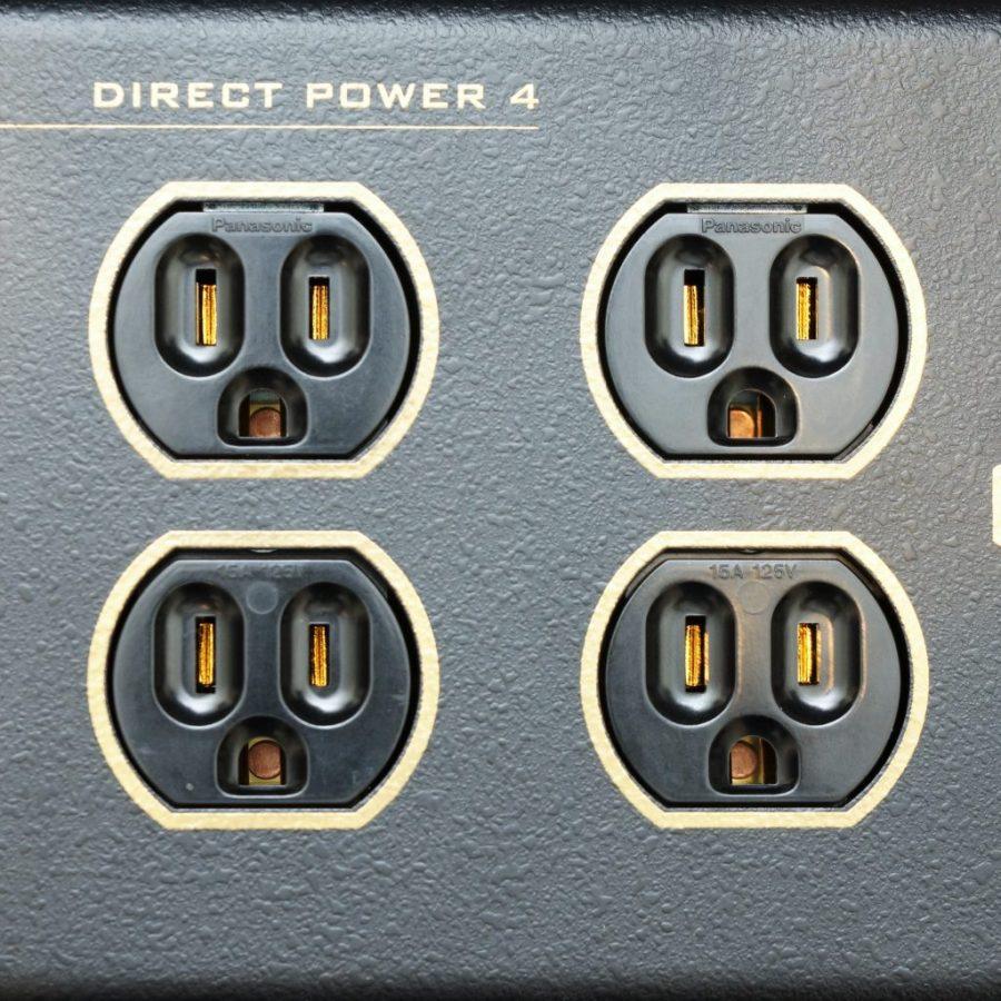 美式插座的金屬接點,全部經過鍍金處理。