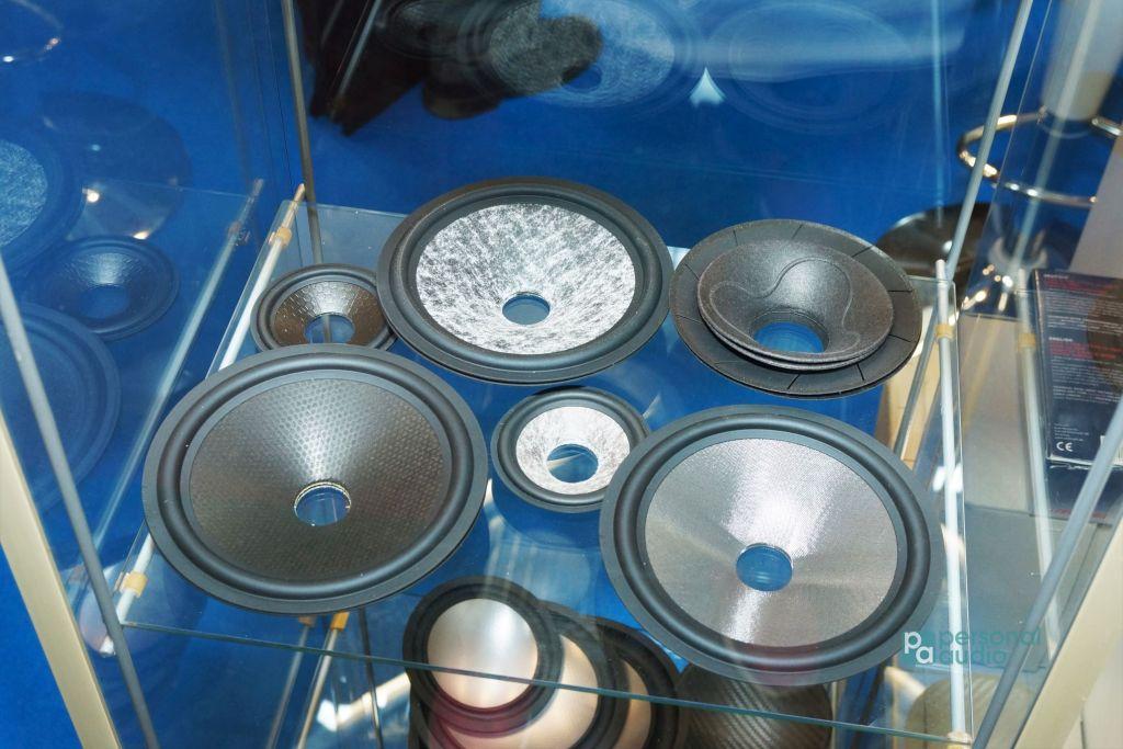 在慕尼黑音響展可以看到不少上游廠家,經營單元振膜OEM的Dr. Kurt Müller是其中之一。