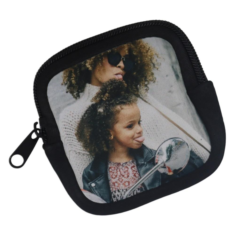 Personalised earphone case