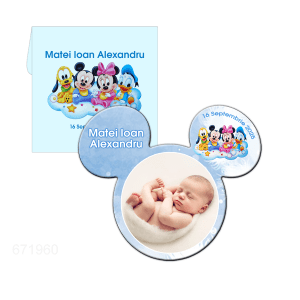Marturie Botez Mickey magnet plastic 9cm x 8cm in plic bleu model Mickey bebe si prietenii