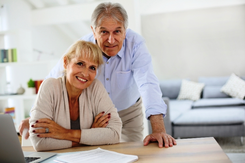 Assistance from a daily money manager can help seniors remain independent as they age.