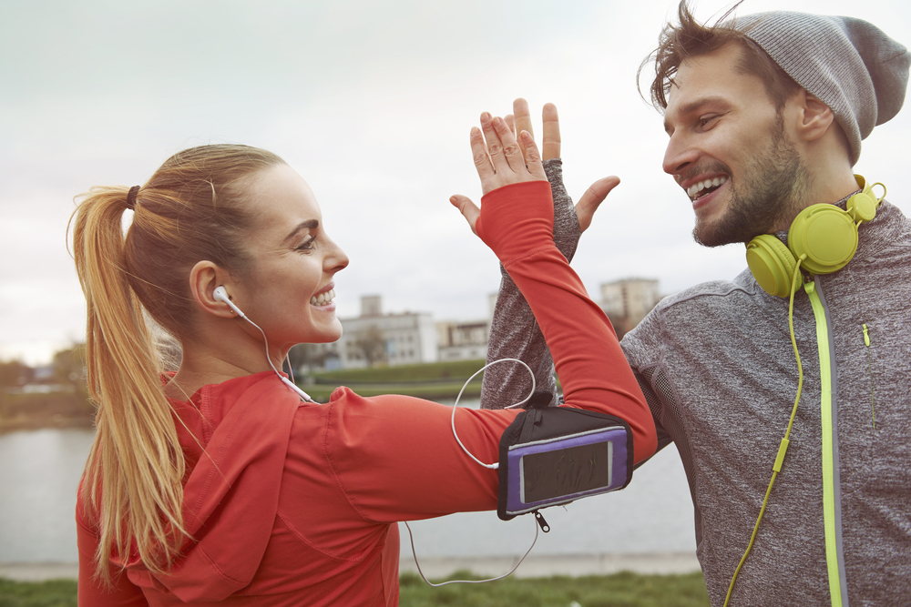 With a few new and totally free walking apps on your phone, you can kick up your workouts with Personal Trainer Food.