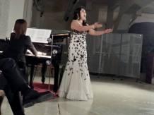Lei è la soprano