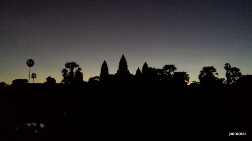 Angkor Wat all'arrivo all'alba