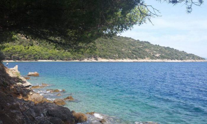 La spiaggia di Valun a Cres