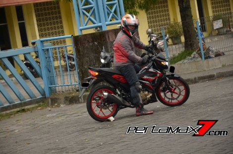 Review All New Suzuki Satria F 150 Injeksi 2016 02 Pertamax7.com