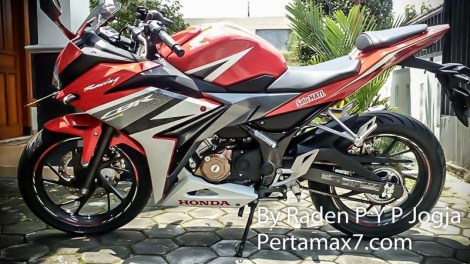 Pirelli Angel CiTy di All new Honda CBR150R 2016 Makin keren