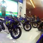 Empat motor Yamaha livery MotoGP (YZF-R25, YZF-R15, New V-Ixion Advance, MX King) diperkenalkan di Indonesia International Motor Show (IIMS) 2016 pertamax7.com 1