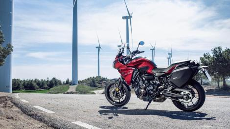 Testride Yamaha MT07 Tracer 2016-Yamaha-MT07TR-EU-Radical-Red-Action-002