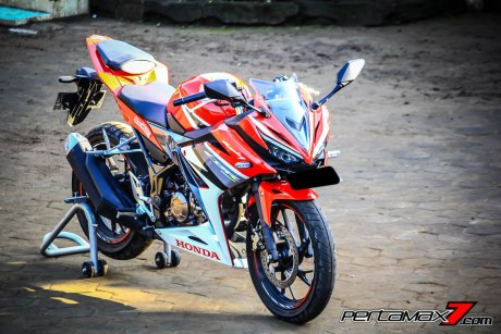All New Honda CBR150R 2016 Warna Merah Racing Red 10 Pertamax7.com