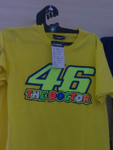 kaos the doctor Valentino Rossi  apparel resmi valentino rossi 46 di indonesia