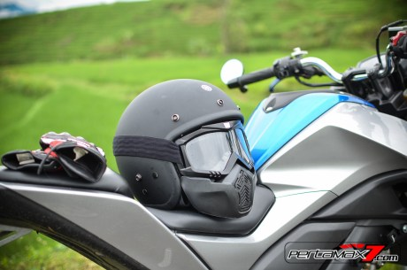 Helm Yamaha Fighter Hitam Doff_